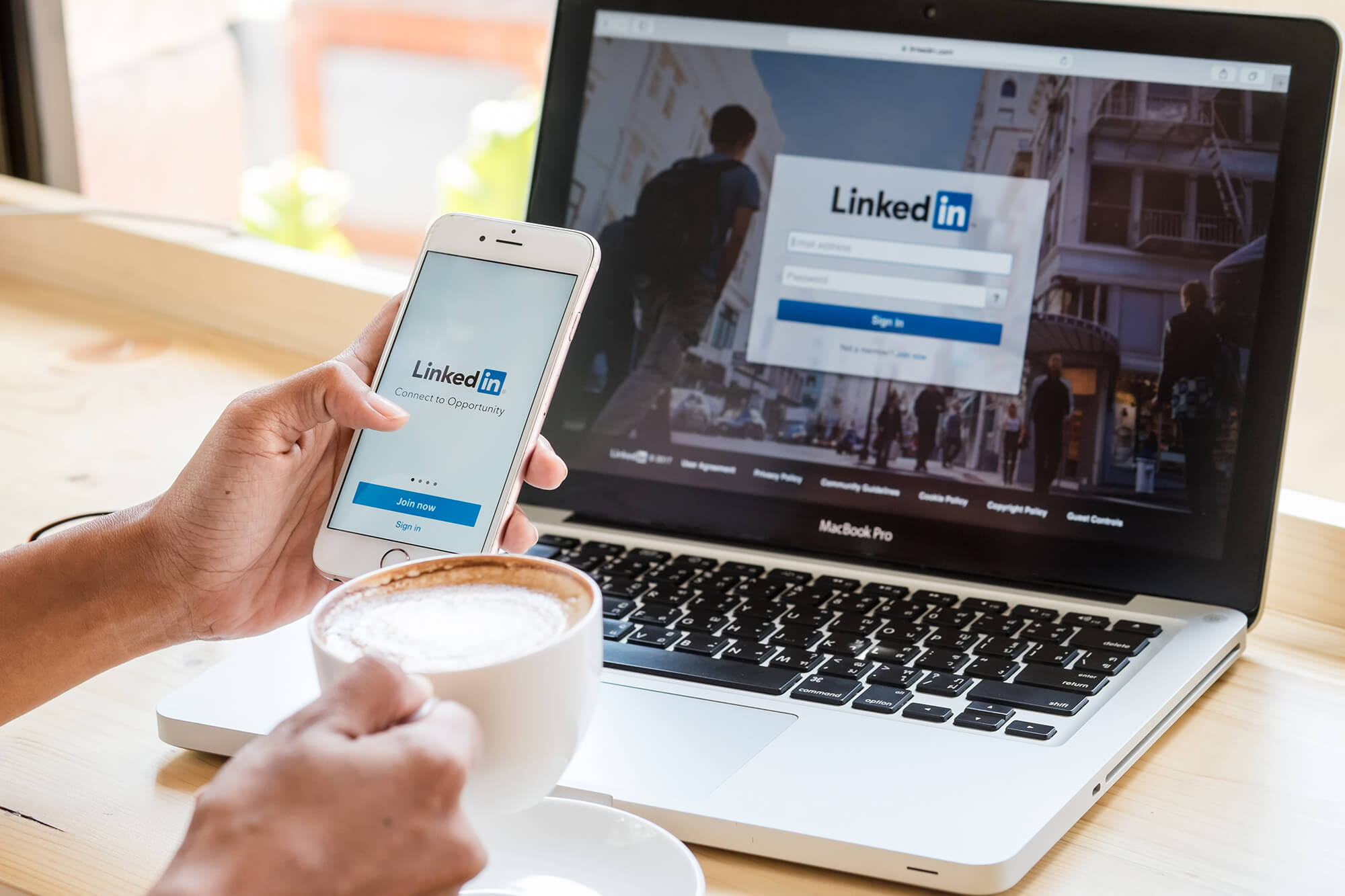 4 Easy Steps to Optimize Your LinkedIn Company Page