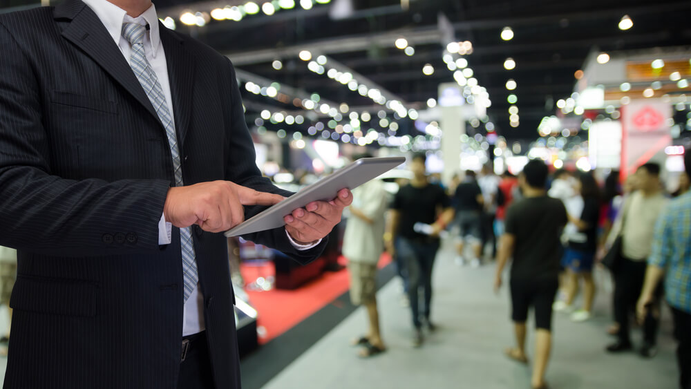 Integrate Social Media in Your Next Trade Show Exhibit